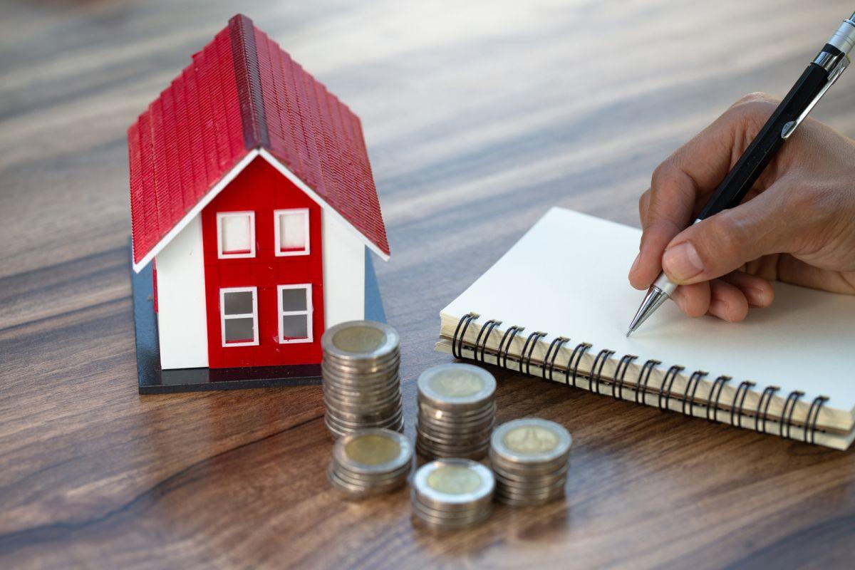 Jak oszczędzać w 2021 roku – skuteczne metody na podreperowanie domowego budżetu